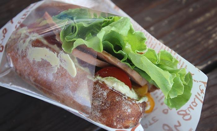 okinawa-vegan-food-fest-sandwich